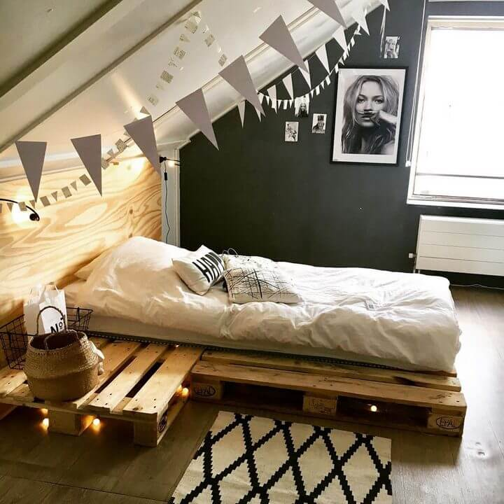 Pallet Bed made of 2 pallets